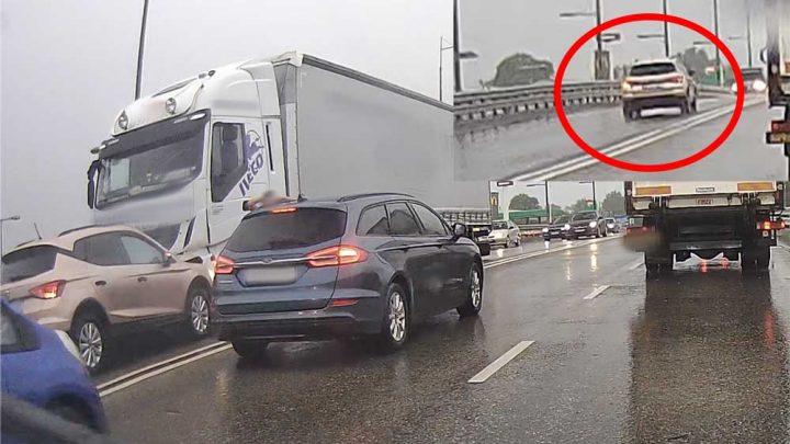 Videón, ahogy frontálisan ütközik, egy feltehetőleg rosszul lett autós egy kamionnal Vecsésen