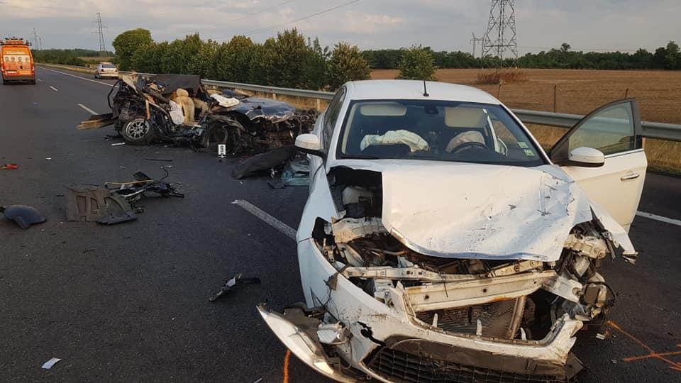 FOTÓK: Halálos baleset történt éjjel az M3-as autópályán