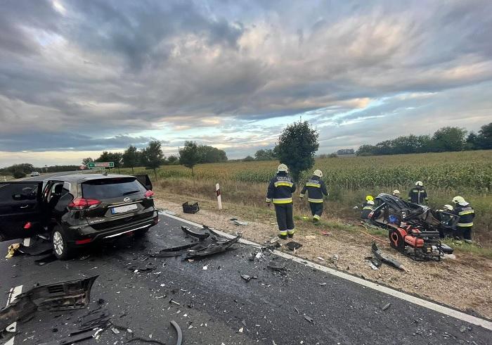 FOTÓK: Halálos kimenetelű baleset történt péntek éjjel Sárvárnál