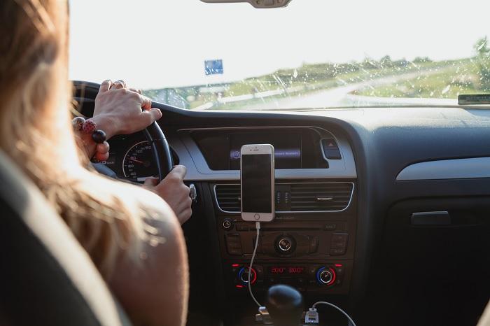 30 éve próbál jogsit szerezni egy nő sikertelenül – Már több, mint 1000 vezetési leckén van túl
