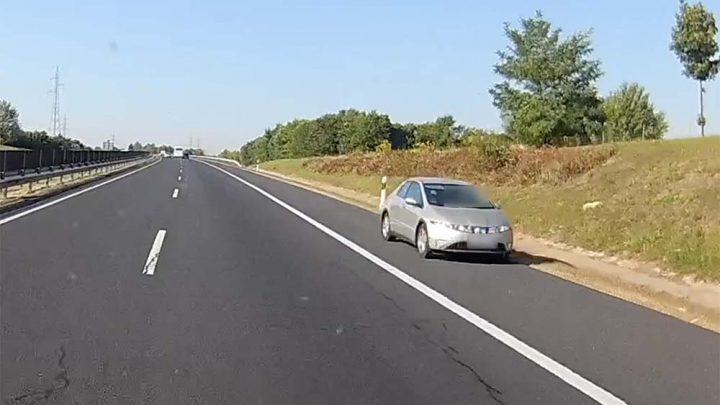 VIDEÓ: Az M6-os autópályán hajtott szembe a forgalommal egy Honda sofőrje