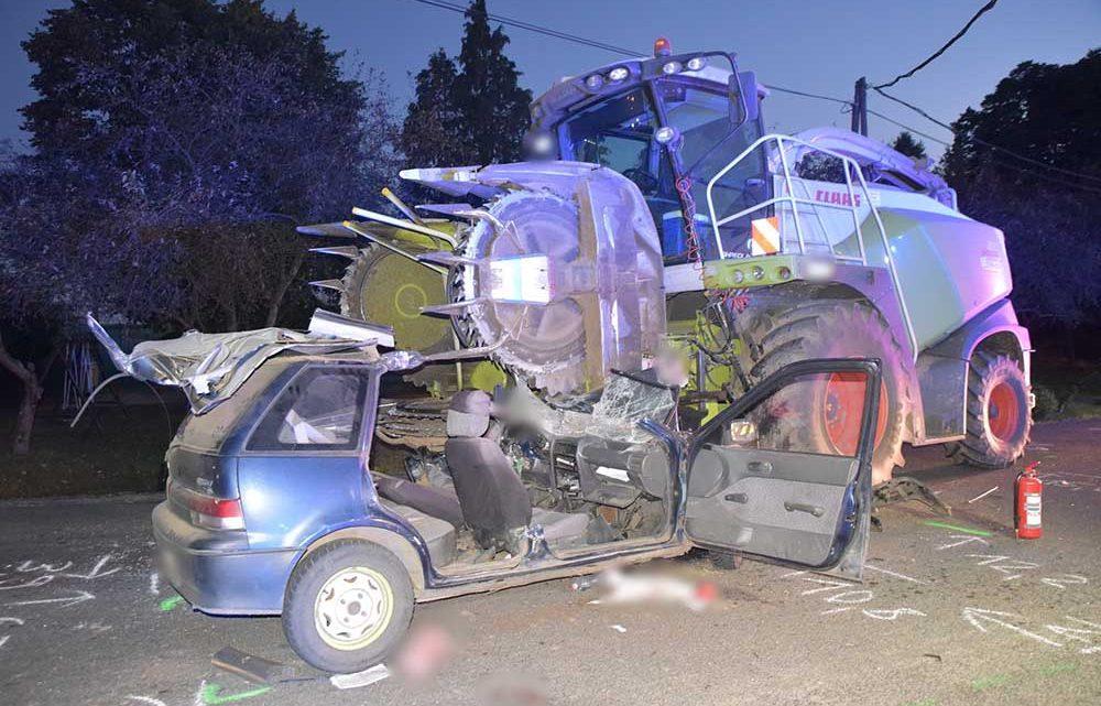 VIDEÓ: Silózógép nyársalt fel egy Suzukit a balesetben