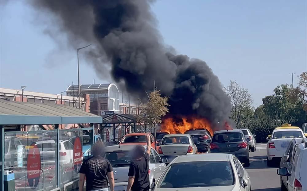 Ha átterjed a tűz a kocsidra és nincs CASCO biztosításod, akkor nagy bajba kerülhetsz
