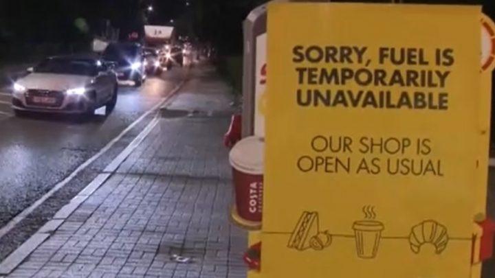 A hadsereget is beveti a brit kormány, hogy enyhítse az üzemanyaghiány miatt kialakult káoszt