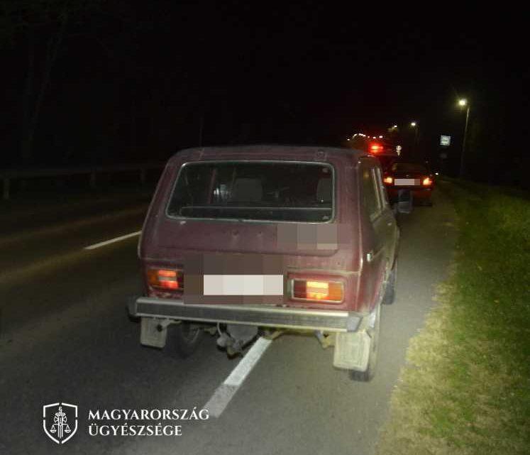 Büntetőfékezéssel torolta meg, hogy lassítania kellett, sikerült vele balesetet okoznia